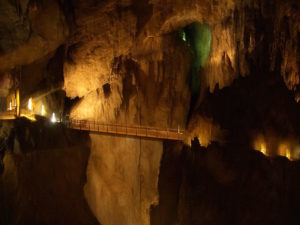 10 Famous Underground Caves in the World