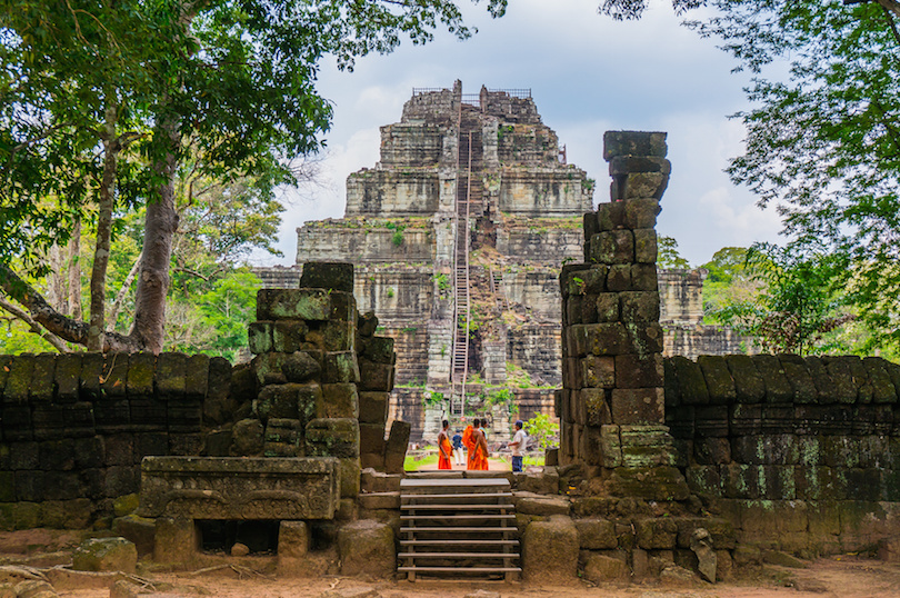 10 Top Tourist Attractions in Cambodia (with Photos & Map)