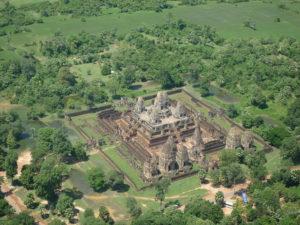 10 Magnificent Angkor Temples