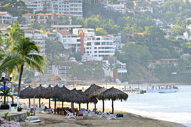 Situated On The Bay Of Banderas Along Mexico S Pacific Coast In State Jalisco Is Por Vacation City Puerto Vallarta