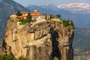 6 Awe-inspiring Monasteries in Meteora