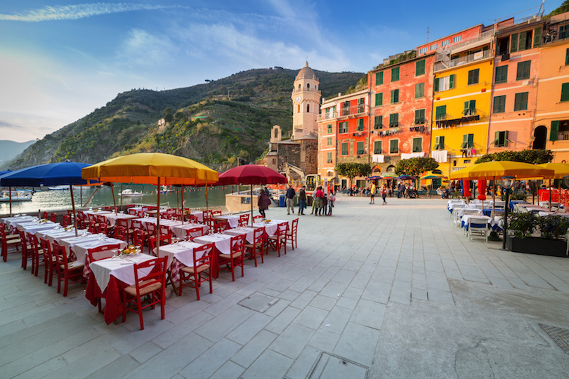 Vernazza town on the coast of Ligurian Sea