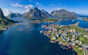 Discover the Beauty of the Lofoten Islands in Norway