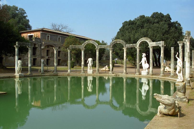 阿德里安娜别墅,意大利