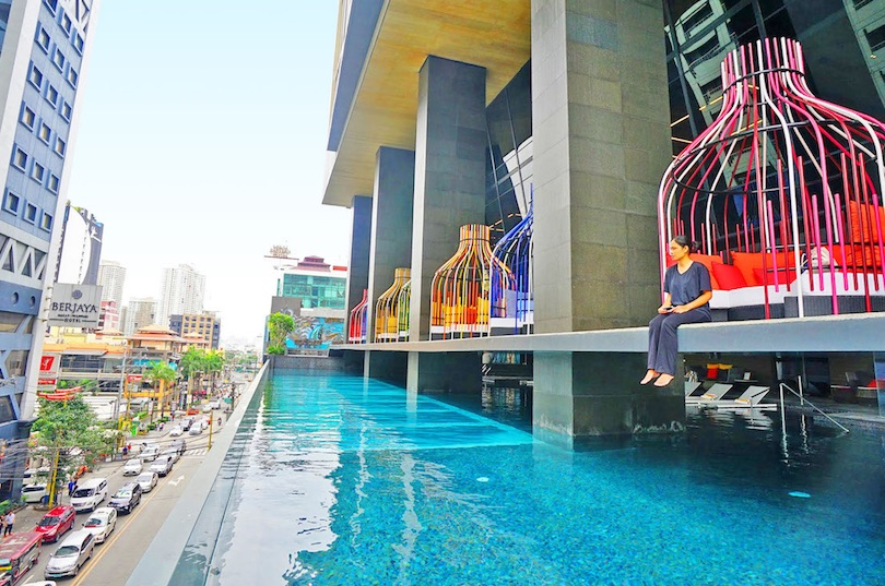 8 Manila Hotels with Amazing Pools (with Photos & Map