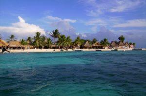 10 Best Beaches in Honduras