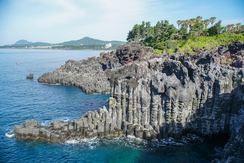Daepo Haean Jusangjeolli Cliff