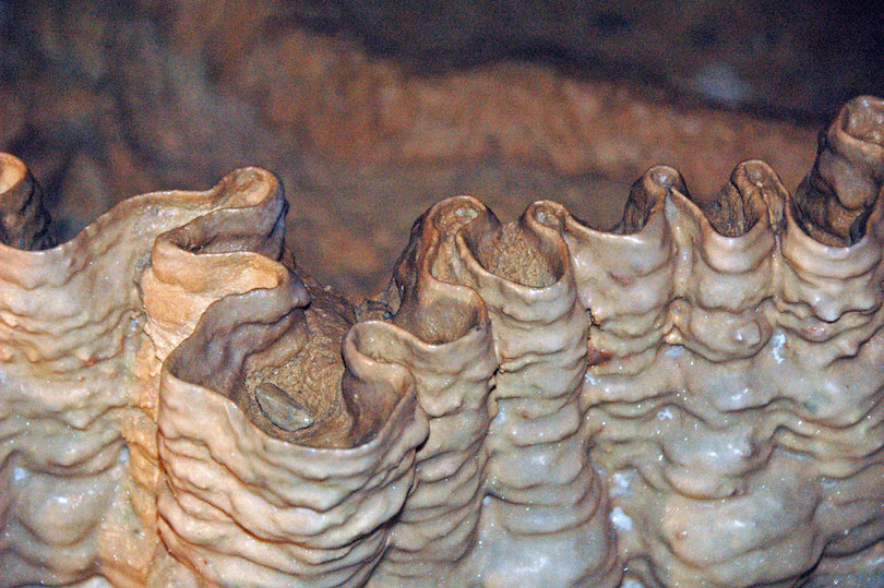 Crystal Onyx Cave