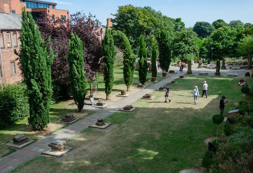 Roman Gardens