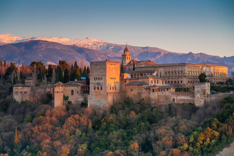 alhambra ▷ 25 atracciones turísticas principales en Europa