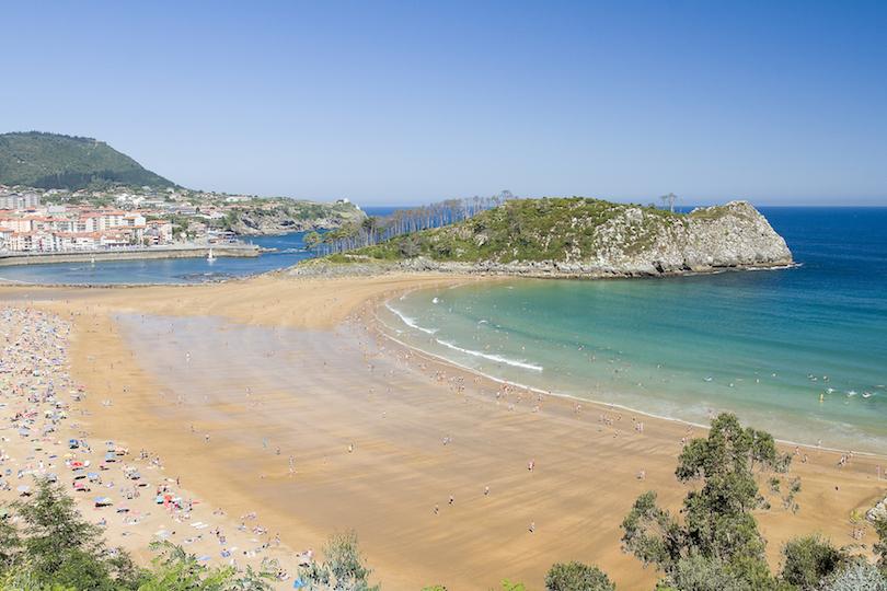 Isuntza Beach