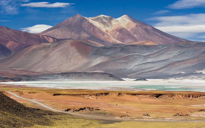 https://www.touropia.com/gfx/d/best-places-to-visit-in-chile/san_pedro_de_atacama.jpg?v=e83f5d27d747de9e693e0784cc08e68c