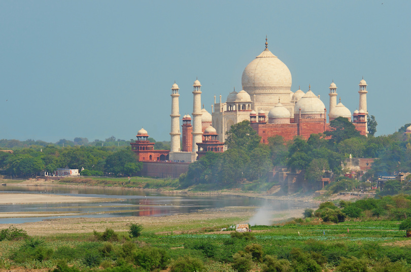 https://www.touropia.com/gfx/d/best-places-to-visit-in-india/agra.jpg?v=1