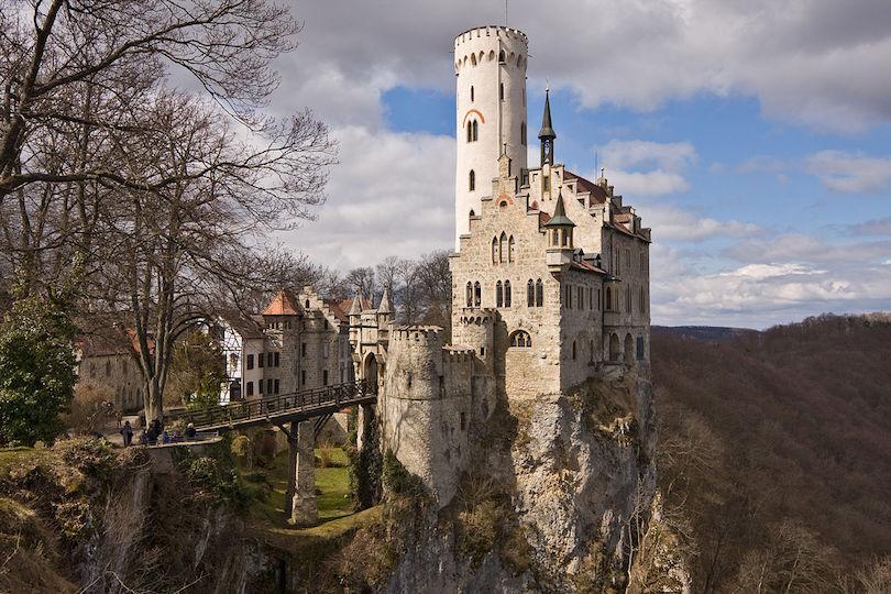 lichtenstein_castle.jpg?v=0d343c0f0ca763f983c8042350059f56