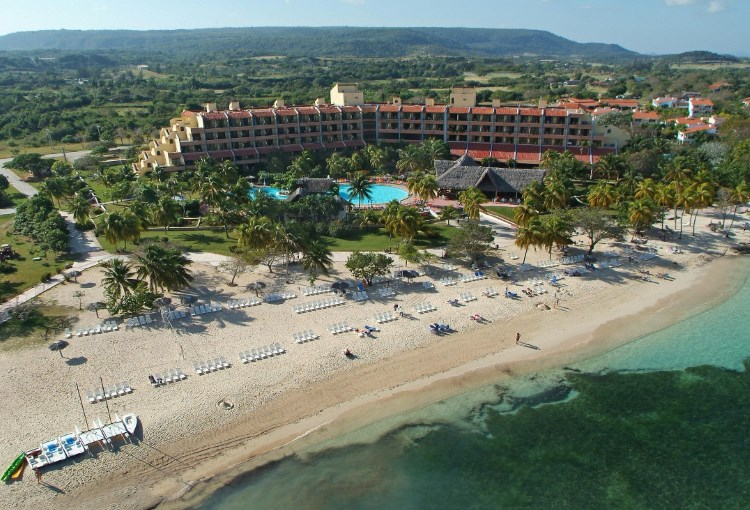 Brisas Guardalavaca Hotel Beach