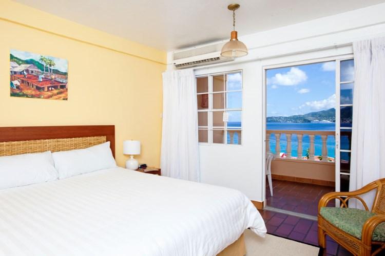 Flamboyant Hotel & Villas St George's